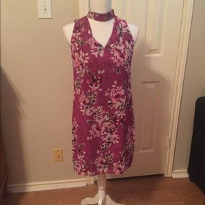 Berry floral choker shift dress